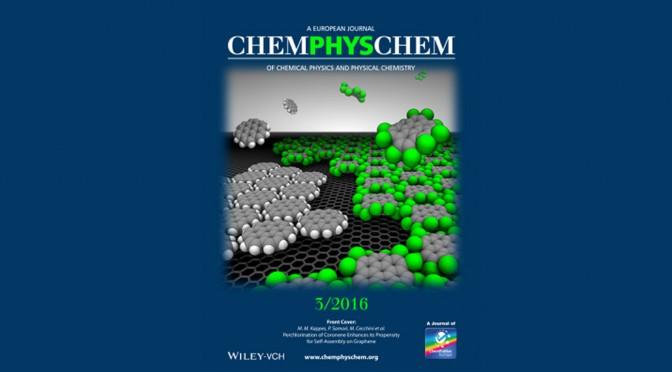 Vers un contrôle de l'auto-assemblage moléculaire sur graphène par conception chimique